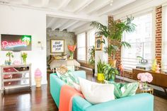 House Tour: A Vibrant Urban Jungle Paradise DTLA Loft | Apartment Therapy
