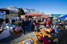 Gotta love the view from the Remarkables Markets, a European inspired market that is open for its Summer Season every Saturday from 8.30am - 1.00pm #AmazingAccom #holidayhomes