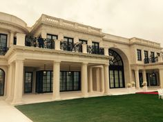 Le Palais Royal is almost complete our faamily palace in boatclub area om sai ram om sai ram Le Palais, Palais Royal, Luxury Homes Dream Houses, Dream Homes, Mansion Designs, Door Gate Design, Dream Mansion, Neoclassical Architecture, House With Porch