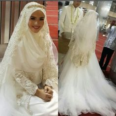 Muslim Wedding Dresses with Photos & Videos - 2017 Collection Muslim Wedding Gown, Muslimah Wedding Dress, Hijab Style Dress, Muslim Brides, Wedding Hijab, Pakistani Wedding Dresses, Modest Wedding Dresses, Wedding Bride, Bridal Dresses