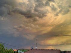 Nubes (Clouds) - Madrid, España (Madrid, Spain) - iPhone 4S & HDR Pro Copyright © Juan Hernandez Orea