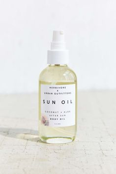 Herbivore Botanicals X UO Coconut + Aloe After Sun Body Oil 4oz - Urban Outfitters