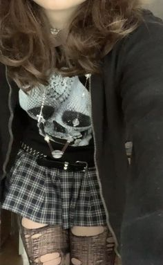 Goth Aesthetic, Aesthetic Fashion, Aesthetic Clothes, Aesthetic Grunge Outfit, Edgy Outfits, Cute Outfits, Hipster School Outfits, Grunge Outfits, Fashion Outfits