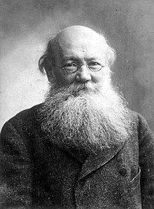 Peter Kropotkin circa 1900.jpg