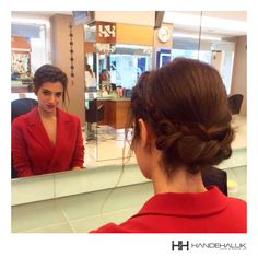"""""""Bir kadının güzel olduğuna dair inancından başka hiçbir şey onu güzel kılamaz."""" Sophia Loren #HandeHaluk #ulus #zorlu #zorluavm #zorlucenter #hair #hairstyle #hairdye #hairdo #hairoftheday #hairfashion #hairlife #hairlove #hairideas #hairsalon #hairartist #hairtrends #hairstylists #hairinspiration #bestoftheday #inspiration #bun #topuz #örgü"""