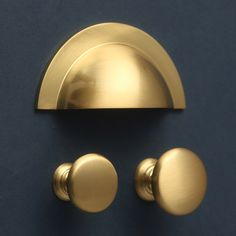 Cabinet handles made of brushed satin brass - cabinet handles - yester home kitchenfi .Cabinet handles made of brushed satin brass - Cabinet handles - Yester Home kitchenfixtures brass kitchen fixturesBrass kitchen fittings, handles and Satin Brass, Cupboard Drawers, Kitchen Fittings, Brass Kitchen, Brass Kitchen Hardware, Bathroom Cupboards, Furniture Handles, Cupboard, Kitchen Cupboard Handles