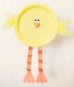 13 Simple Easter crafts: Paper plate baby chick (could trace kids hands to use as feathers for the chick)
