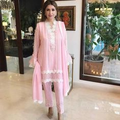 "SecretCloset.pk on Instagram: ""Mina Hasan strikes a pose in her own outfit from her Eid collection✨ @minahasanofficial"""