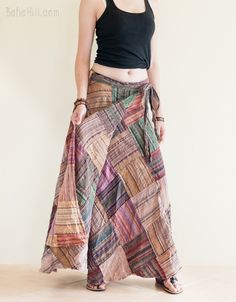 Totally unique, this stone-washed patchwork wrap-around gypsy skirt is like no others! Its extra-soft striped texture and lightness of the fabric is comfortable Fashion Terminology, T Shirt Tutorial, Hippie Skirts, Wrap Around Skirt, Hippie Chick, Gypsy Skirt, Boho Chic, Rustic, Pretty
