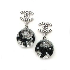 CHANEL, earrings with pearl and resin incrusted with black lacework