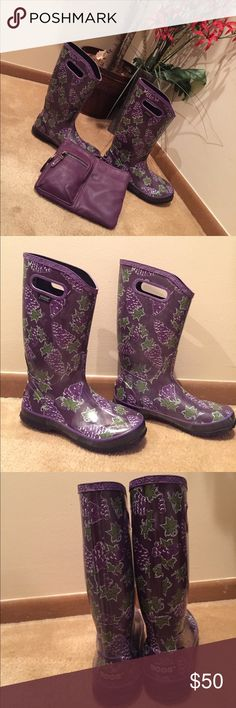Boggs Rain ☔️ Boots 💦 Adorable purple grape 🍇 ☔️ boots by Boggs. Never worn. Pull on grips. These were sample boots. The right one has minor cracks In grips. Water 💦 proof Bogs Shoes Winter & Rain Boots