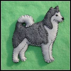Alaskan Malamute handmade felt Christmas ornament-Refrigerator magnet combo. Original, unique. Great gift for dog lovers.
