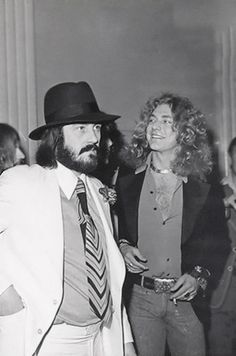 John Bonham & Robert Plant (The Song Remains The Same Premiere, Fox Wilshire Theater, Los Ángeles, November 21, 1976)