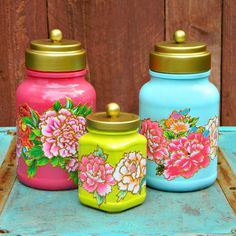 ThisDecoupaged Jar Upcycle by Mark Montano is one of our very favorite jar repurpose projects to date!