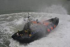 De Kitty Roosmale Nepveu geeft een demonstratie bij de opendag van het nieuwe Kustwacht vaartuig, Ievoli Amaranth