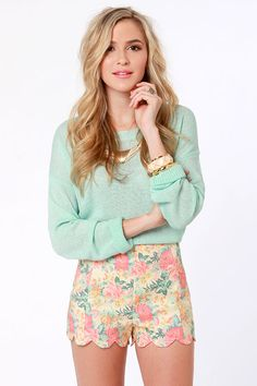 Shorts Illustrated Beige Floral Print Shorts