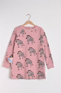 Sweatshirt dress with all over Fasu print with brushed finishing inside. This is a raglan style dress. Barcelona, Sweatshirt Dress, French Terry, Organic Cotton, Autumn Fashion, Fashion Dresses, Bell Sleeve Top, Sweatshirts, Final Sale