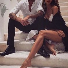 Model couple How to take the cutest couple photos, all the couple goals, so romantic, beautiful boy and girl, c… Couple Chic, Classy Couple, Love Couple, Couple Shoot, Couple Goals, Couple Ideas, Rich Couple, Elegant Couple, Couple Style