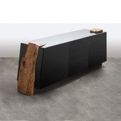 A wonderful & minimal blend of solid wood & lacquer