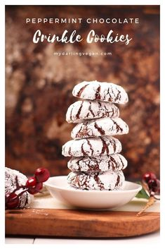 Everyone loves these vegan crinkle cookies. Rich, fudgy, and filled with peppermint flavor, these cookies make the perfect addition to your holiday treats. But be careful; they are highly addictive! Vegan Christmas Cookies, Christmas Baking, Cookies Vegan, Delicious Cookies, Xmas Food, Holiday Cookies, Holiday Baking, Chocolate Crinkle Cookies, Chocolate Crinkles