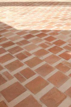 Architecture Details, Interior Architecture, Interior And Exterior, Floor Tile Patterns, Tile Floor, Terracotta Floor, Material Board, Tadelakt, Floor Finishes