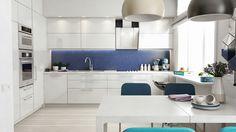 Кухня шкафы до потолка плюс короб