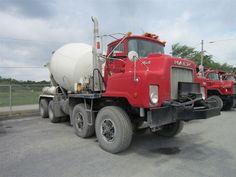 1988 Mack in Canada Mack Trucks, Big Rig Trucks, Semi Trucks, Cool Trucks, Ready Mixed Concrete, Mix Concrete, Cement Mixer Truck, Equipment Trailers, Concrete Mixers