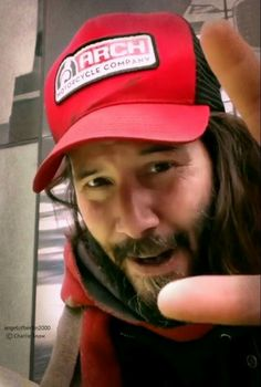 """ Keanu in NYC April 2018 Thank you so much to Charlie Snow for sharing his cute vids! Keanu Reeves John Wick, Keanu Reeves Life, Keanu Reeves Quotes, Keanu Charles Reeves, Keanu Reeves Zitate, Keanu Reaves, Blockbuster Film, Nyc, Smile Face"