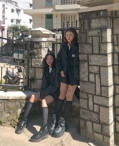 Private School Uniforms, Private School Girl, Mode Outfits, Girl Outfits, Fashion Outfits, School Uniform Outfits, School Girl Outfit, Looks Vintage, Facon