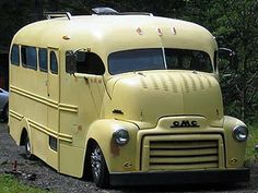 Coolest School Bus Ever! 1953 GMC COE Maintenance of old vehicles: the material for new cogs/casters/gears could be cast polyamide which I (Cast polyamide) can produce School Bus Camper, Old School Bus, Rv Bus, School Buses, School Days, Cool Trucks, Chevy Trucks, Cool Cars, Rv Truck