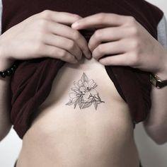 magnolia  #magnoliatattoo #flowertattoo #triangle #tattoo #tattoos #ink #hongdam #tattooisthongdam #목련타투 #꽃타투 #타투 #홍담 #타투이스트홍담