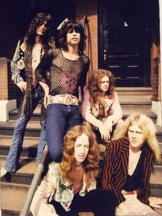 Aerosmith Steven Tyler Joe Perry Tom Hamilton Brad Whitford Joey Kramer