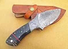HUNTING KNIFE (Damascus steel ) with BUFFALO HORN