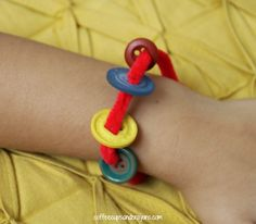 Pete the Cat and His Four Groovy Buttons (Bracelet)