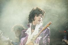 How Prince Invented Himself. Over and Over.