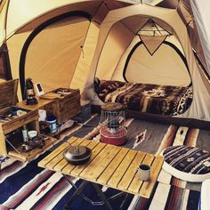 """A small family camping tent! ogawas """"Vigas"""" is perfect for person camps CAMP HACK[キャンプハック] – camping Camping Snacks, Snacks Diy, Camping Hacks With Kids, Camping Set, Camping Style, Camping Glamping, Retro Camping, Family Camping, Outdoor Camping"""