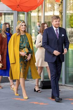 The Royal Family of the Netherlands Celebrate Koningsdag 2021 — Royal Portraits Gallery Kings Day, Queen Maxima, Royal Fashion, Netherlands, Princess, Celebrities, Gallery, Dutch, Model
