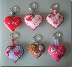 Keychain - key ring - heart - gift idea- felt keychain - party favors - Valentine's - love - sweet 16 - party - Patchyz by Kathleen Flask Felt Crafts Patterns, Felt Crafts Diy, Felt Diy, Handmade Felt, Crafts For Kids, Felt Keychain, Fabric Hearts, Felt Hearts, Felt Ornaments