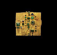Hermann Jünger, ca. 1970–72, 18K gold, emeralds, chrysoprase, sapphires, opals, lapis lazuli, and enamel