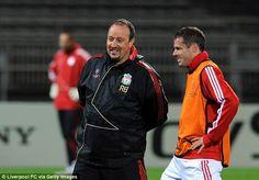 Manager Rafael Benitez with Jamie Carragher