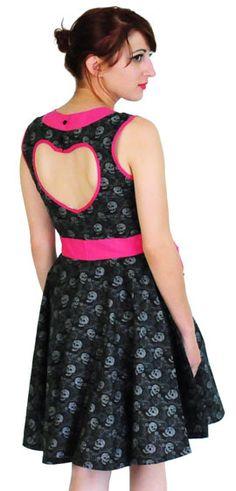 Calaveras heart dress so me! Heart Dress, Dress Backs, Hot Topic, Sugar Skull, Skulls, All Things, Eve, Retro Vintage, How To Make