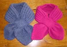 A practical scarf for little ones Knitted Jackets Women, Knitting Videos, Knitting For Kids, Knit Jacket, Lana, Crochet Projects, Knitting Patterns, Knit Crochet, Bonnets