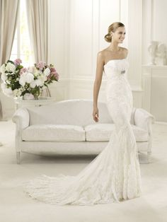 Pronovias wedding dresses truly captures the bride on her special day. Pronovias wedding dresses flatter the figure with styles perfect for romantic brides. Wedding Dress 2013, Wedding Dress Train, Lace Mermaid Wedding Dress, Used Wedding Dresses, Wedding Dress Sizes, Elegant Wedding Dress, Mermaid Dresses, Bridal Dresses, Bridesmaid Dresses