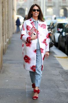 Quirky print lip coat in white and red #street style