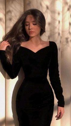 Elegant Dresses Classy, Stylish Dresses For Girls, Elegant Outfit, Classy Dress, Edgy Dress, Edgy Outfits, Classy Outfits, Pretty Outfits, Pretty Dresses