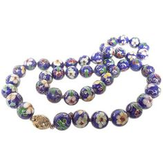 u201820s Porcelain Bead Necklace