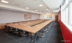 Electrification for Menarini (italian pharmaceutical company) Meetings Room,in the its headquarter in France.