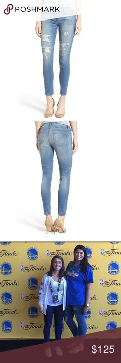 """NEW Joe's Collector's Editon #Hello Skinny Jeans Special edition Hello Vixen distressed ankle skinny jeans. These jeans are THE BEST jeans I've ever had. I purchased two pairs in the same size because I loved them so much. Features extra pockets for your phone and an external charger. They have some nice stretch and are so comfortable! Light wash. Color: Pearla. 27.5"""" inseam. 🙅🏻No Trades🙅🏻 Offers welcome! Jeans Ankle & Cropped"""