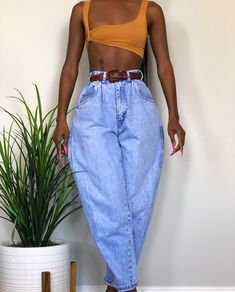 outfits simple Image may contain: one or more people and people standing Image may contain: one or more people and people standing Fashion Killa, Look Fashion, 90s Fashion, Fashion Outfits, Womens Fashion, Fashion Design, Mode Outfits, Trendy Outfits, Vintage Outfits