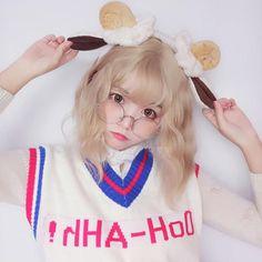 9 Korean Makeup Looks – My hair and beauty Kawaii Hairstyles, Cute Hairstyles, Kawaii Cute, Kawaii Girl, Cute Korean Girl, Asian Girl, I Love Girls, Cute Girls, Blonde With Blue Eyes